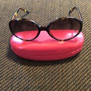 Kate Spade Brown Frame sunglasses with pink case